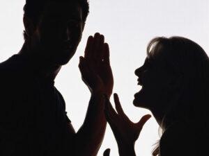 2020-02-09-戀愛時的借錢糾紛怎解?情侶勿觸借錢地雷